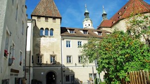 Kreuzgangtor-in-Brixen